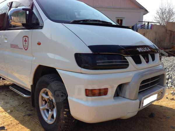 Mitsubishi Delica, 2001 год, 550 000 руб.