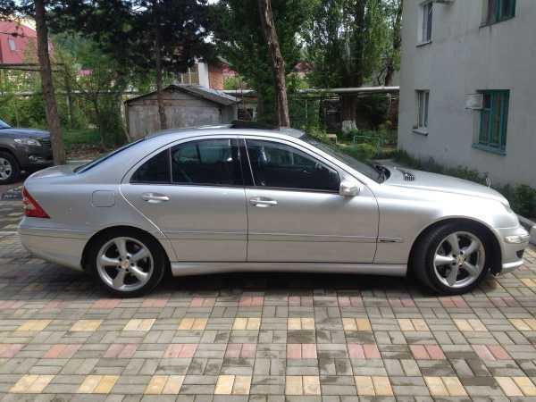 Mercedes-Benz C-Class, 2004 год, 550 000 руб.