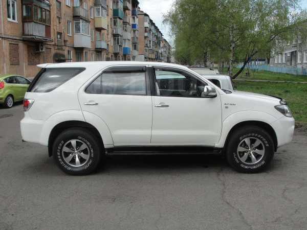 Toyota Fortuner, 2008 год, 899 000 руб.