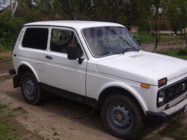 Лада 4x4 2121 Нива, 1982 год, 85 000 руб.