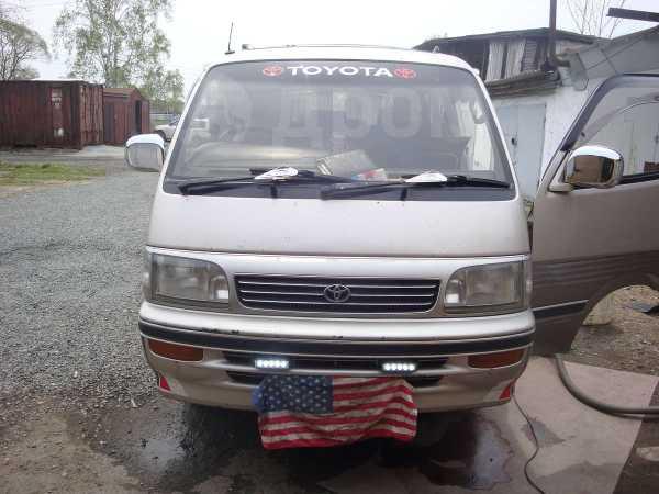 Toyota Hiace, 1995 год, 355 000 руб.