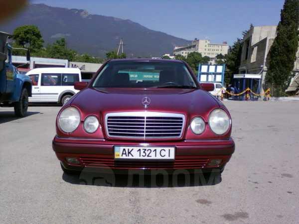 Mercedes-Benz E-Class, 1999 год, $13500