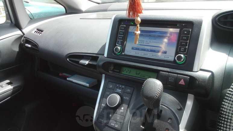 Toyota Wish, 2010 год, 620 000 руб.
