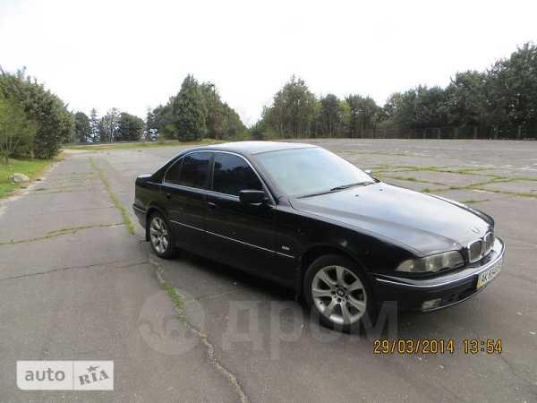 BMW 5-Series, 1998 год, $9300