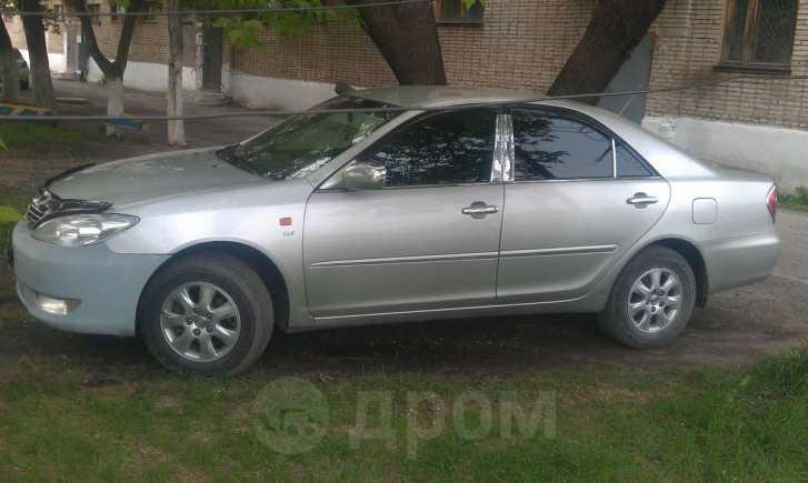 Toyota Camry, 2004 год, 260 000 руб.