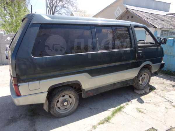 Nissan Vanette, 1987 год, 115 000 руб.