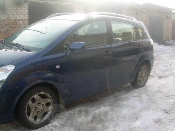 Toyota Corolla Verso, 2006 год, 555 555 руб.