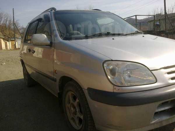 Toyota Raum, 1998 год, 155 000 руб.