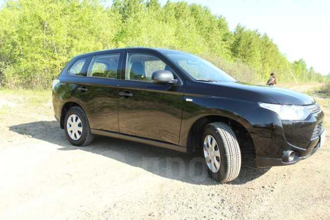Mitsubishi Outlander, 2013 год, 916 000 руб.