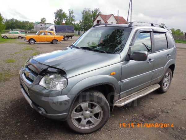 Chevrolet Niva, 2010 год, 390 000 руб.