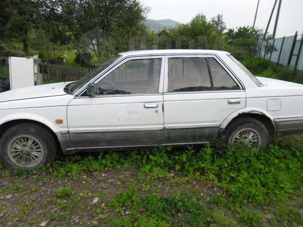 Nissan Bluebird, 1988 год, 30 000 руб.