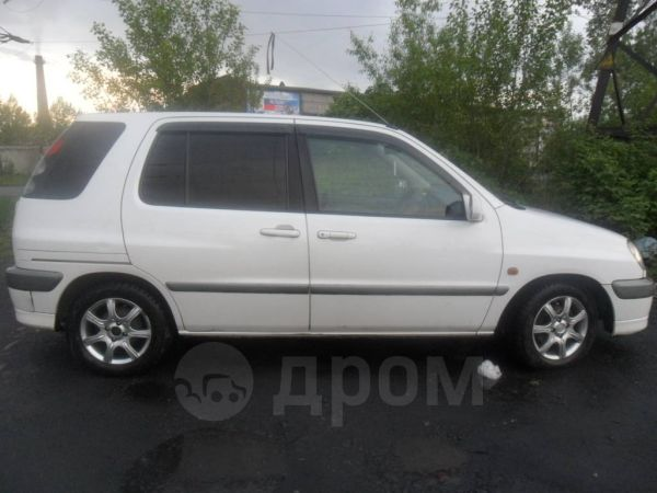 Toyota Raum, 2000 год, 210 000 руб.