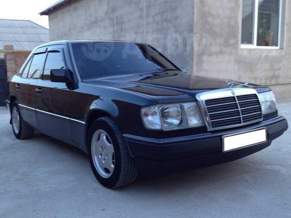 Mercedes-Benz E-Class, 1993 год, $9200