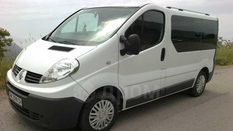 Renault Trafic, 2010 год, 600 000 руб.