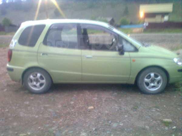 Toyota Corolla Spacio, 1998 год, 190 000 руб.