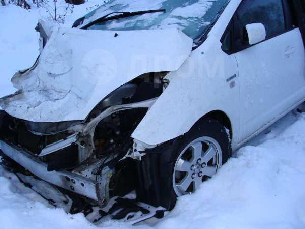 Toyota Prius, 2010 год, 280 000 руб.