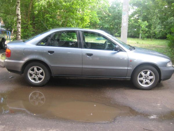 Audi A4, 1996 год, 220 000 руб.