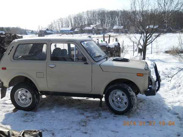 Лада 4x4 2121 Нива, 1990 год, 85 000 руб.
