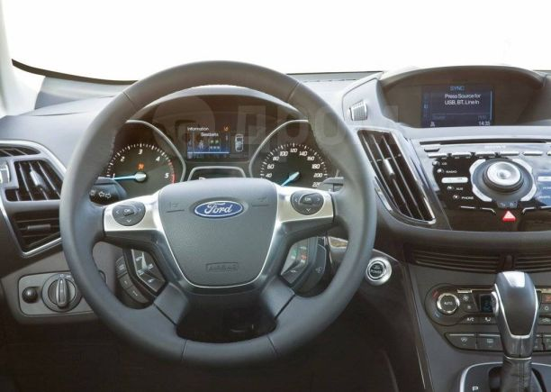 Ford Kuga, 2013 год, 1 400 000 руб.