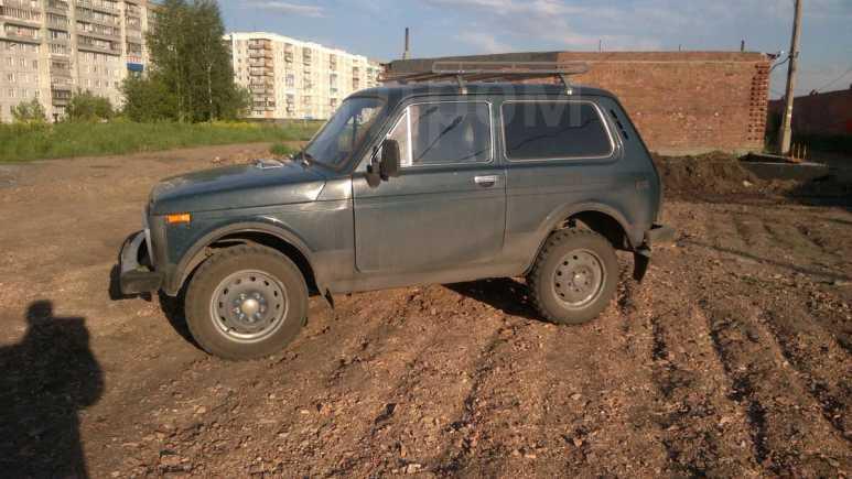 Лада 4x4 2121 Нива, 1996 год, 98 000 руб.
