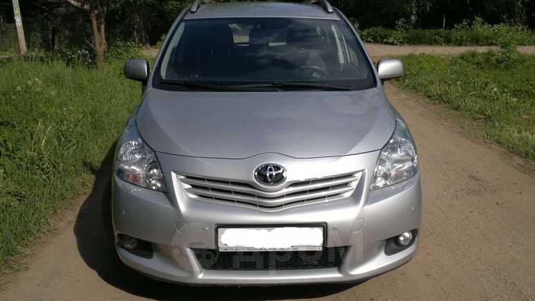 Toyota Verso, 2012 год, 870 000 руб.