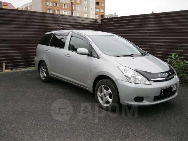 Toyota Wish, 2003 год, 330 000 руб.
