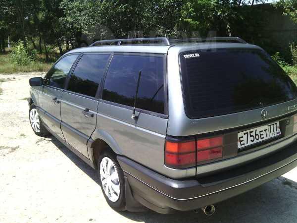 Volkswagen Passat, 1989 год, $4500