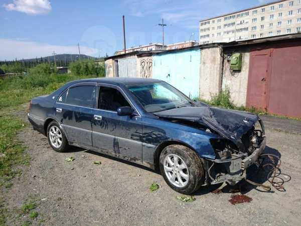 Toyota Crown Majesta, 2000 год, 300 000 руб.