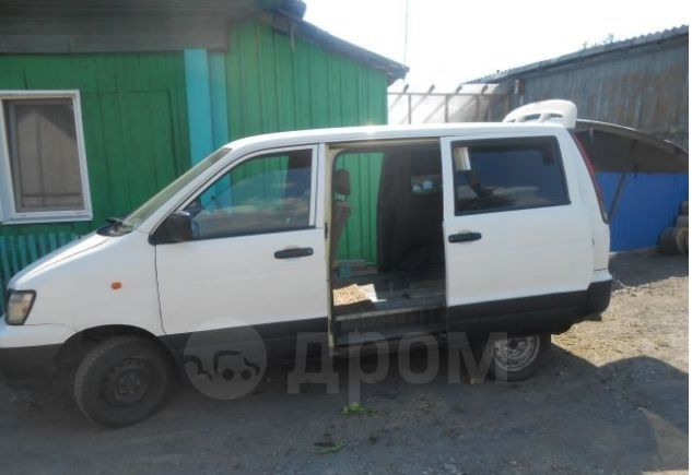 Toyota Town Ace, 2001 год, 220 000 руб.