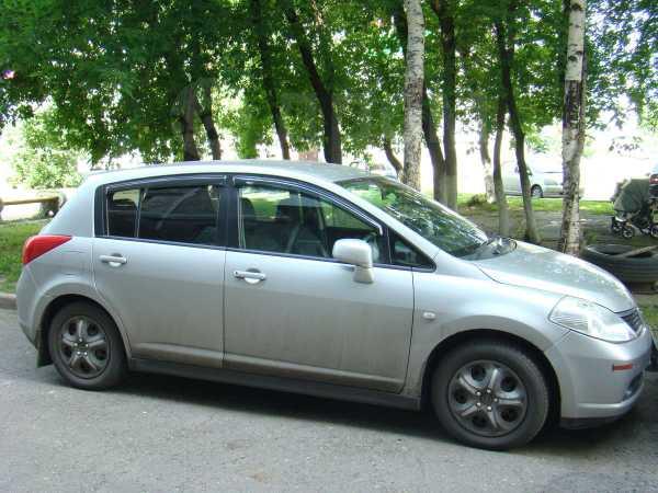 Nissan Tiida, 2005 год, 305 000 руб.