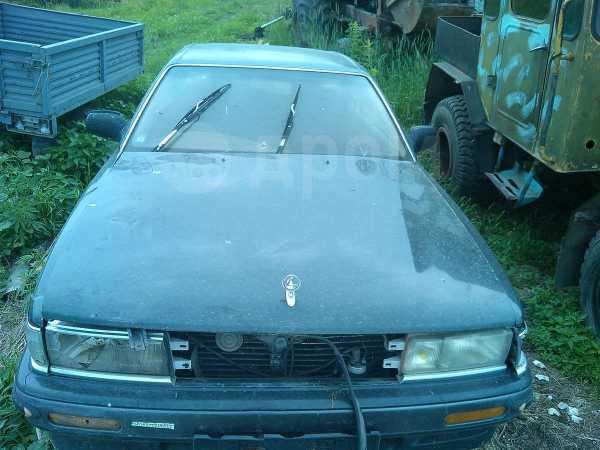 Nissan Laurel, 1990 год, 35 000 руб.