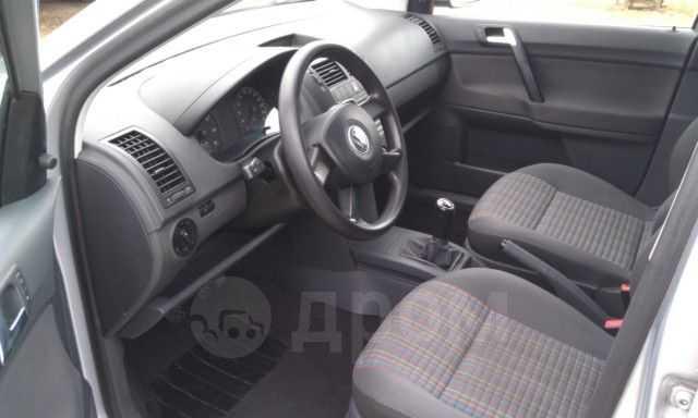 Volkswagen Polo, 2006 год, 290 000 руб.