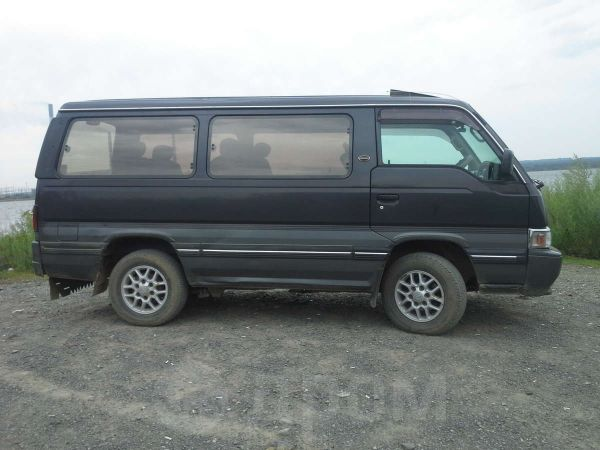 Nissan Homy, 1997 год, 280 000 руб.