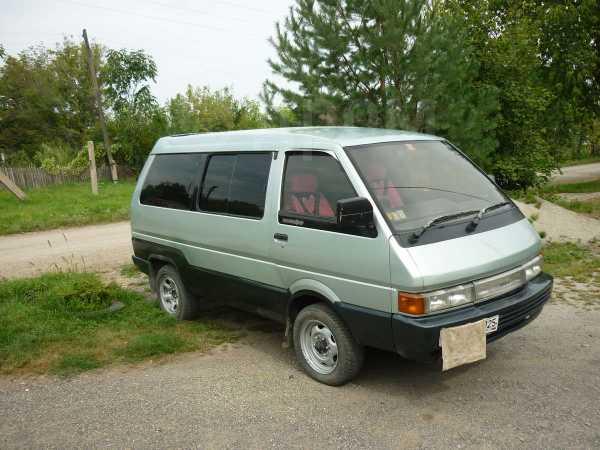 Nissan Largo, 1991 год, 90 000 руб.