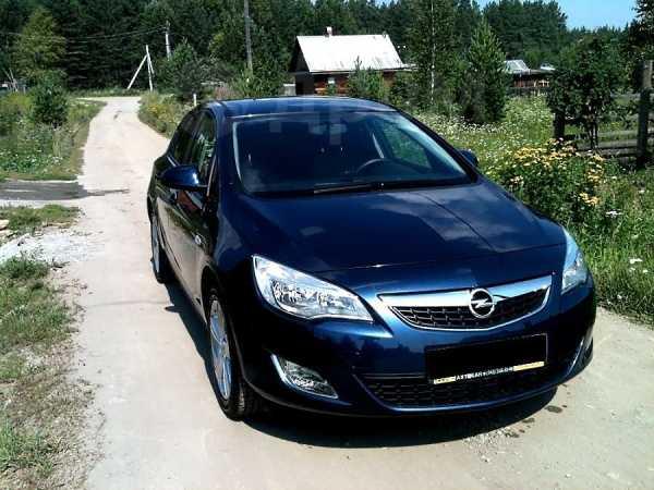 Opel Astra, 2011 год, 575 000 руб.