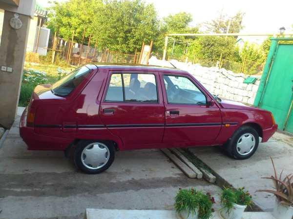 ЗАЗ Славута, 2003 год, $2400