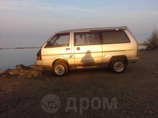 Nissan Largo, 1991 год, 125 000 руб.
