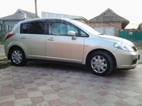 Nissan Tiida, 2004 год, 280 000 руб.