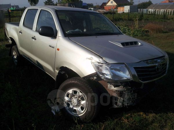 Toyota Hilux Pick Up, 2014 год, 600 000 руб.