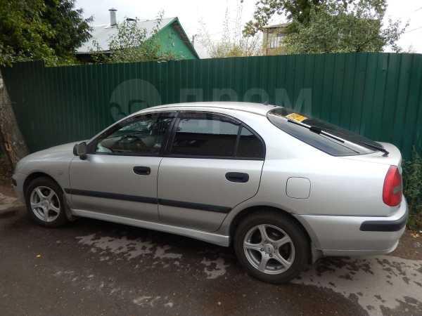 Mitsubishi Carisma, 2001 год, 210 000 руб.