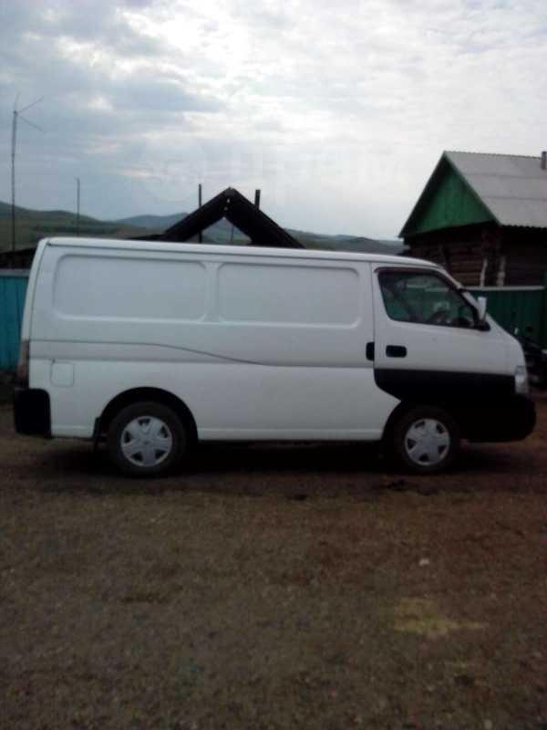 Nissan Caravan, 2001 год, 230 000 руб.