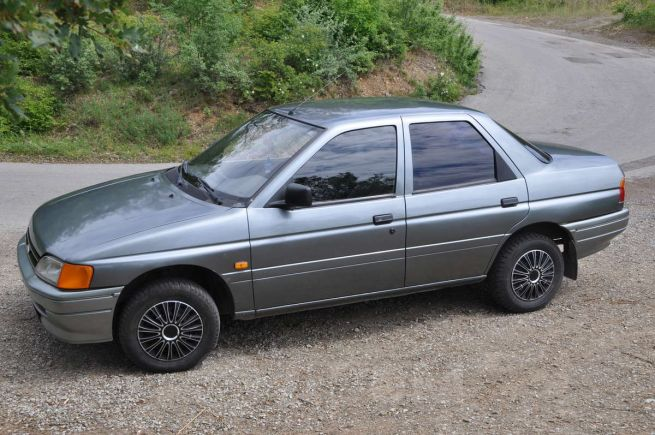 Ford Orion, 1991 год, 105 000 руб.