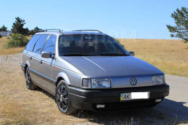 Volkswagen Passat, 1993 год, $4000