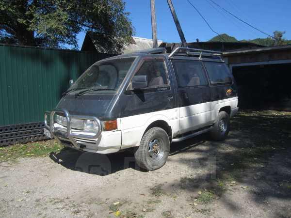 Nissan Largo, 1992 год, 80 000 руб.