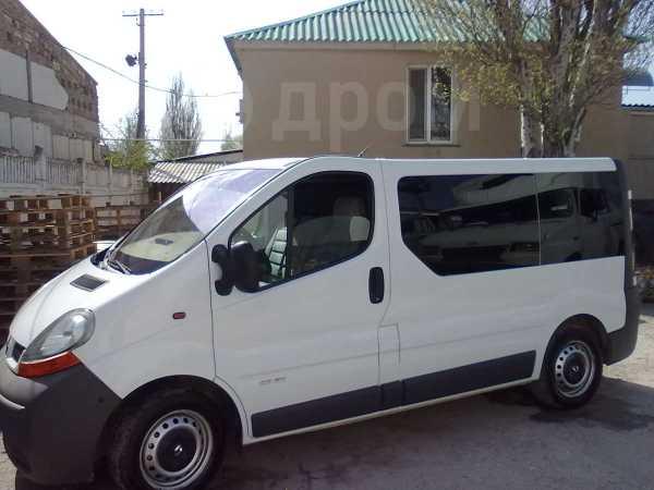 Renault Trafic, 2002 год, 704 328 руб.
