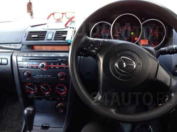 Mazda Axela, 2005 год, 335 000 руб.