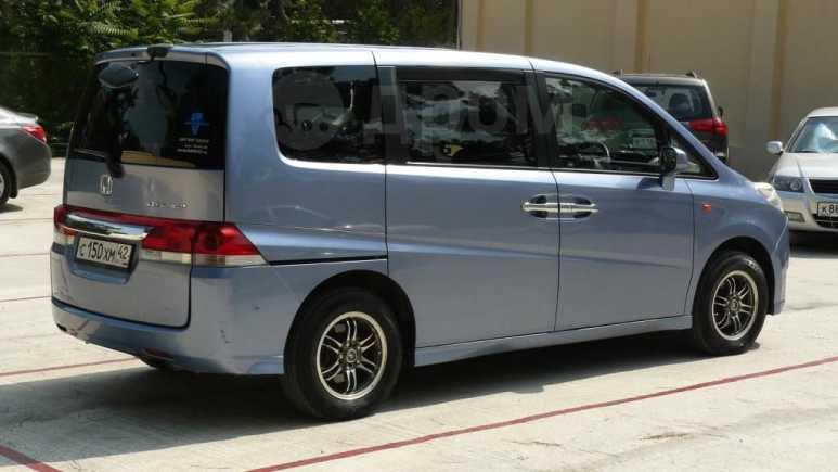 Honda Stepwgn, 2005 год, 550 000 руб.