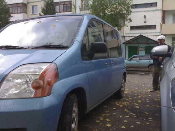 Honda Mobilio, 2002 год, 240 000 руб.