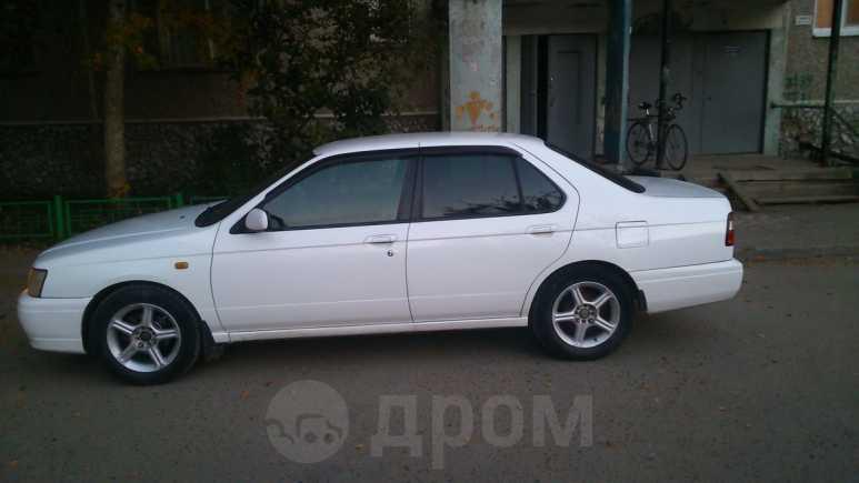 Nissan Bluebird, 2000 год, 154 000 руб.