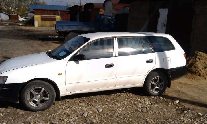 Toyota Caldina, 1999 год, 900 000 руб.